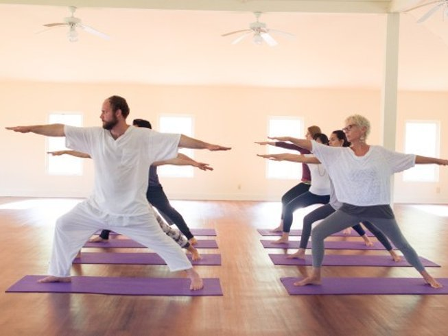 3 Days The Art of Living Happiness Yoga Retreat in USA
