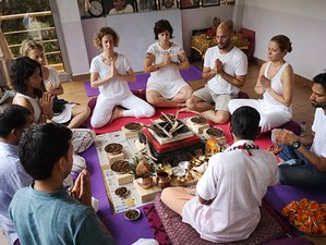 28 Day 300-Hour Advanced Hatha and Ashtanga Yoga Teacher Training in Rishikesh