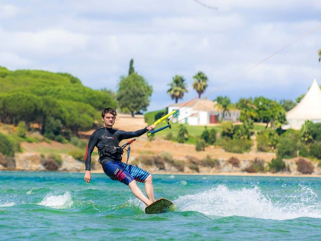 8 Days Kite Surfing Holiday in Lagos, Portugal