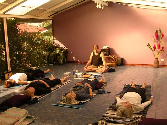 8 Days Gentle Yoga Retreat in Italy