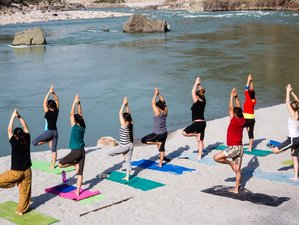 9 Days Sailing and Camping Yoga Holiday in River Ganges, India