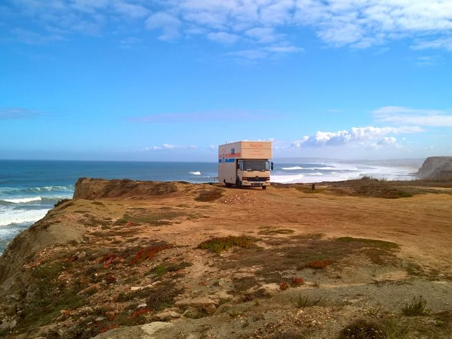 7 Days Affordable Surf Camp Portugal