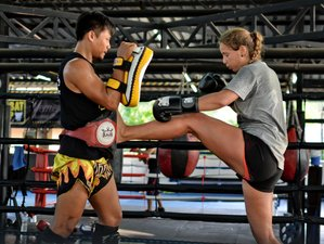 3 Months Women Muay Thai Training in Chon Buri