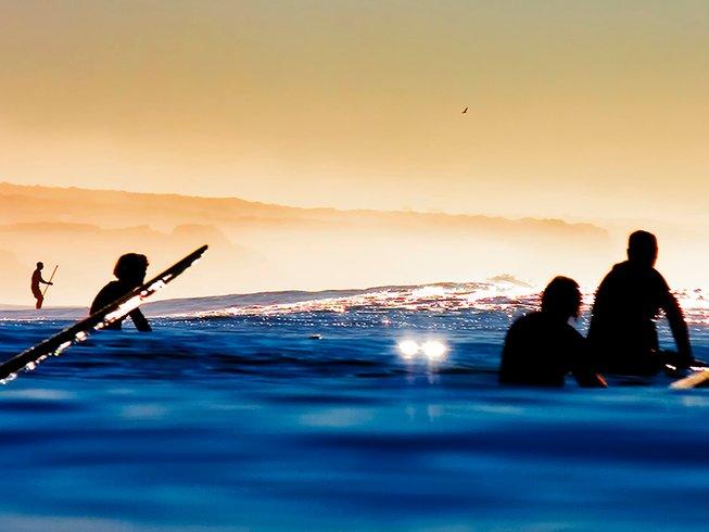 8 Days Refreshing Surf Camp California, USA