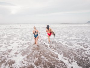 7 Day Beginner Surf And Yoga Camp in Jaco, Puntarenas