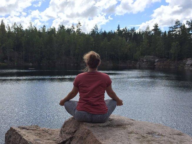 """3 Tage """"Abheben und Entspannen"""" Yoga Herbst Retreat in der Hollermühle, Deutschland"""