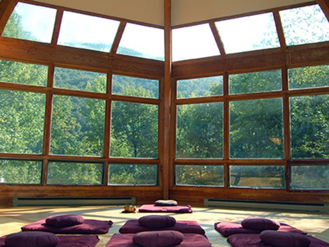 6 Days Yoga and Meditation Retreat in New York