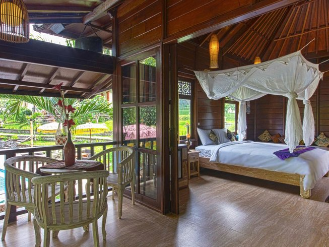 8 Days Skill-Refining Fight, Surf and Yoga Retreat in Bali