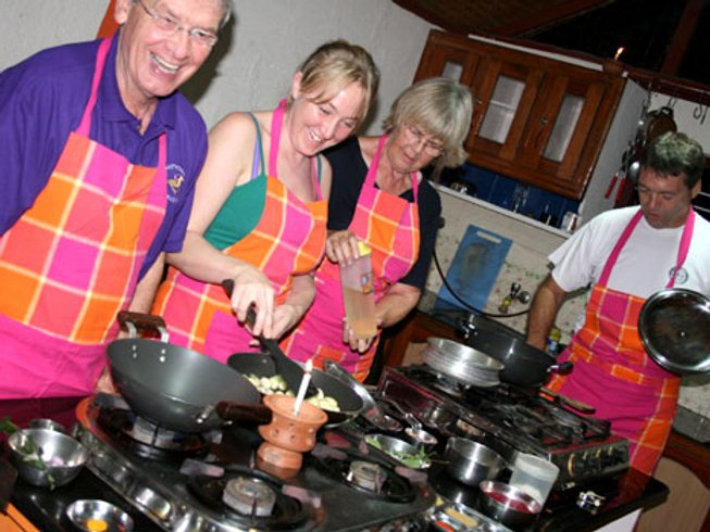 8 Days Kerala Ayurvedic Cooking Holiday in India