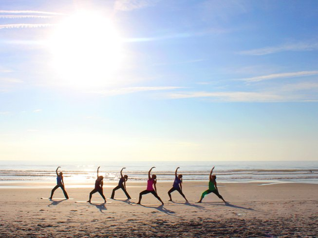 6 Days Walking and Yoga Retreat by Zahora beach in Andalusia, Spain