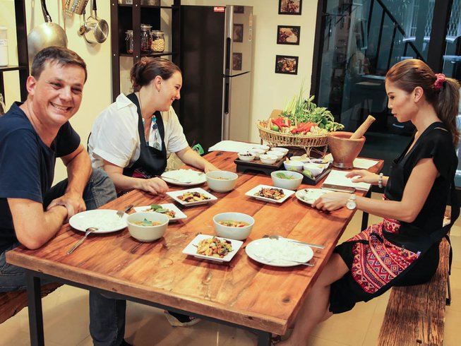 2 Days Hands-on and Authentic Thai Cooking Holiday in Bangkok, Thailand