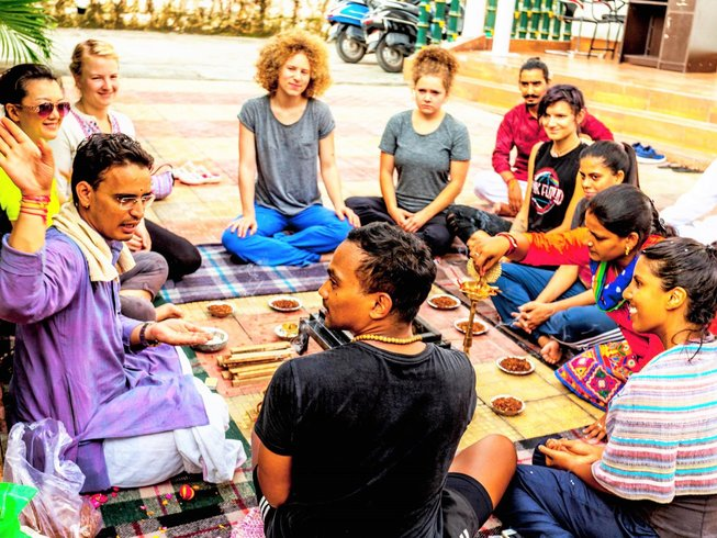 14-Daagse 100-urige Oude Yoga Docententraining in Rishikesh, India