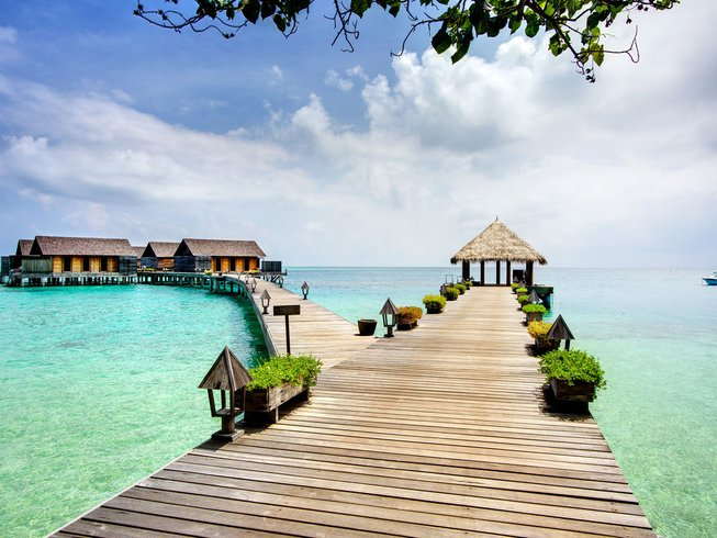 8 Days Luxury Yoga Holiday in Maldives