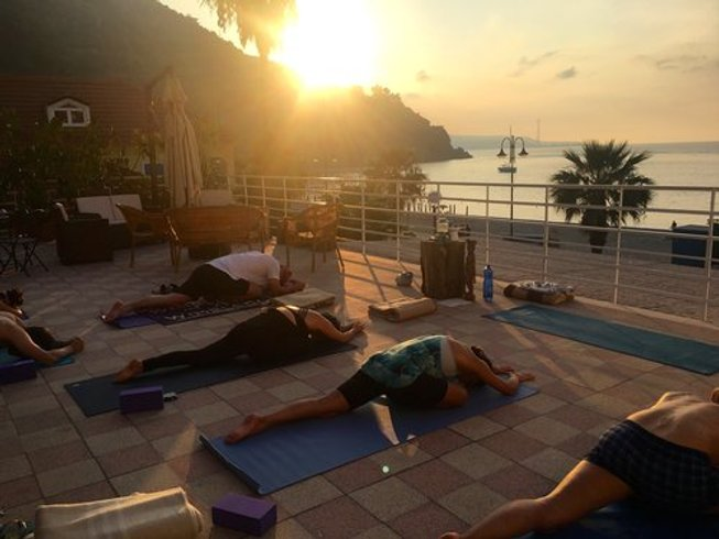 5 Days Sun, Sea, and Savasana Yoga Retreat in Italy