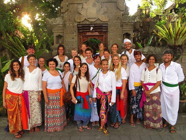 30 Tage 200-Stunden Hatha Yogalehrer Ausbildung auf Bali, Indonesien