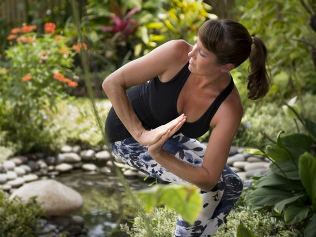 4 Days Ashtanga and Vinyasa Yoga Retreat in Balian Beach,Bali