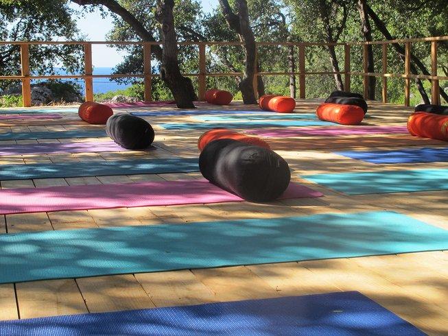 16 Days 300-Hour Advance Yoga Teacher Training in Florida, USA