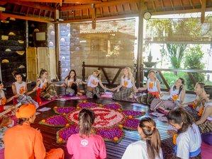25 Days 200 Hours Yoga Teacher Training in Gianyar, Bali, Indonesia