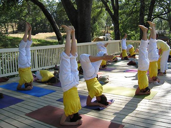 29 Days Yoga Teacher Training Course in China