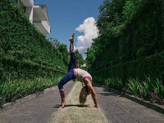 31 Days Singles Yoga Holiday in Bali, Indonesia