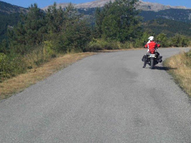 5 Days Bergueda Enduro Motorcycle Tour in Catalonia, Spain