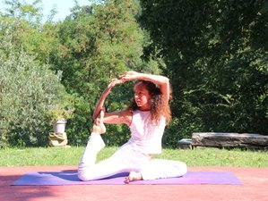 8 Days Meditation and Vinyasa Yoga Retreat in Italy