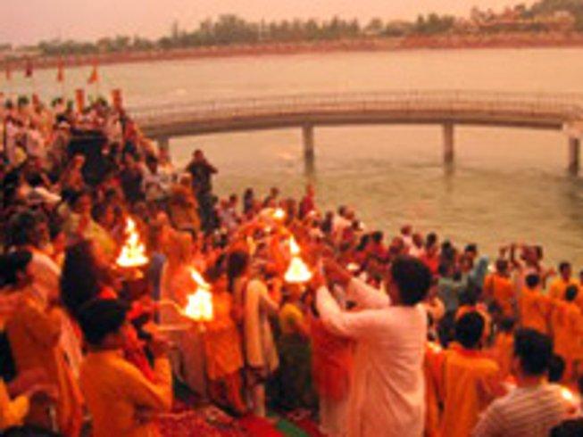 10 Days Luxurious Yogic Retreat in Rishikesh, India