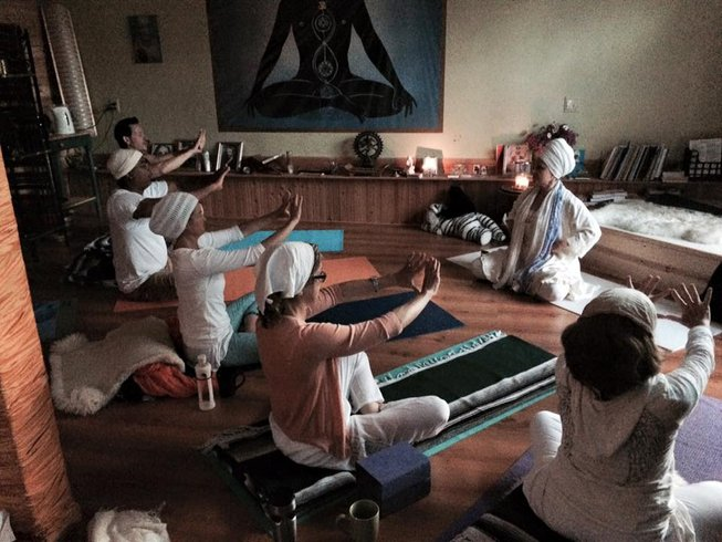 3 Days Deluxe Wellness Weekend Yoga Retreat in New York