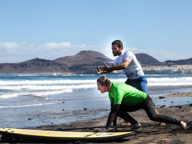 8 Days Inspiring Surf Camp in Las Palmas de Gran Canaria, Spain