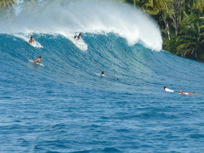 10 Days Mentawai Surf Camp