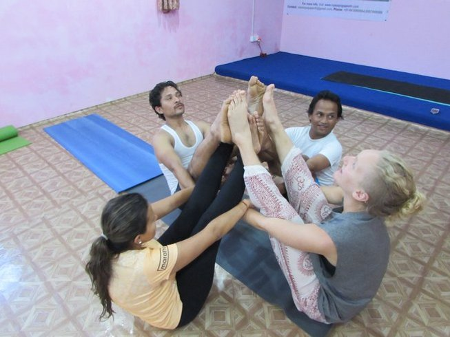 28-Daagse 200-urige Yoga Docententraining in Nepal