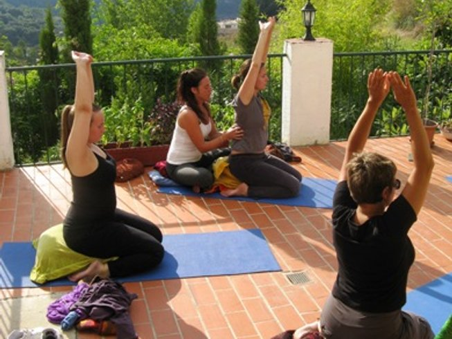 8 Days Detoxifying Yoga Retreat in Spain