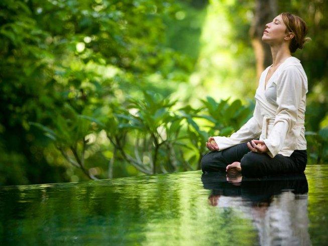 8 Days Ashtanga Yoga and Ayurveda Retreat in India