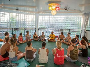 30 Days 200-Hour e84 Hot Yoga Teacher Training in Braga, Portugal