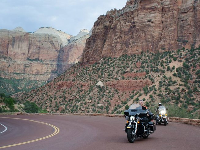 16 Days Harley Motorcycle Tour Canada and USA
