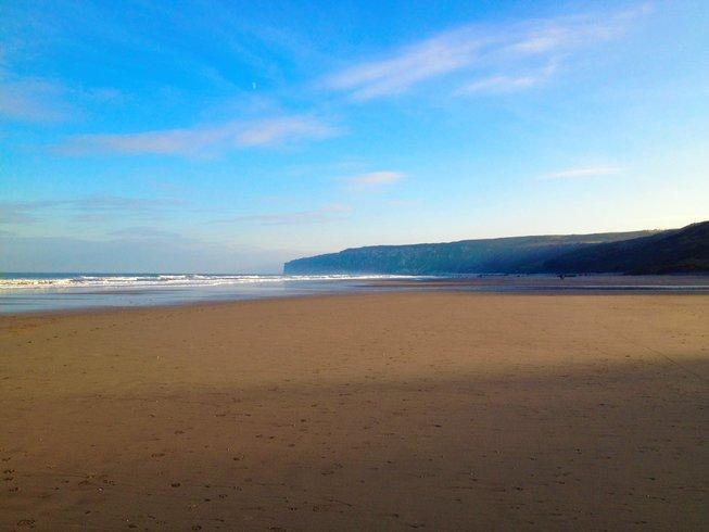 5 Days Midweek Coastal Walking and Yoga Retreat in East Yorkshire, UK