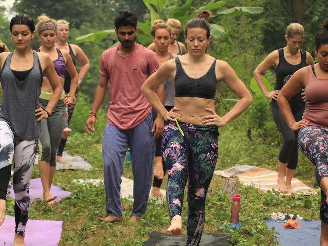 24 días 200 horas profesorado de yoga Ashtanga en Rishikesh, India