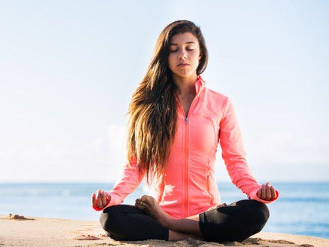 4 Days Refreshing Yoga Retreat in Alicante, Spain