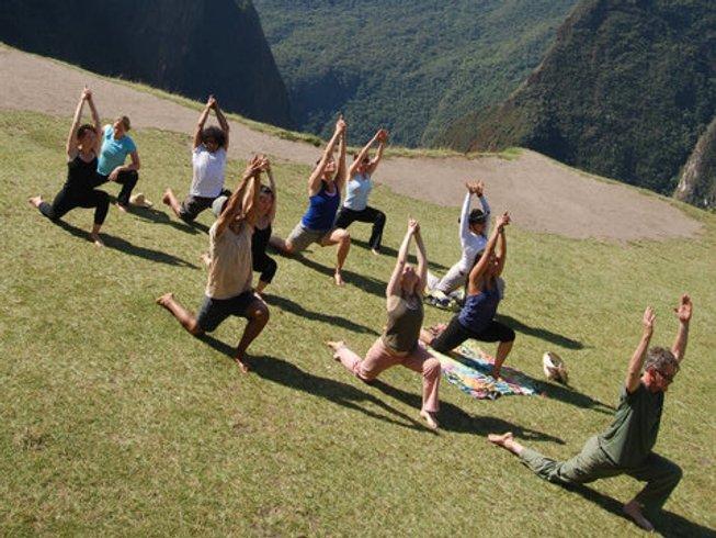8-Daagse Raften, Rotsklimmen Avontuurlijke Yoga Retraite in Peru