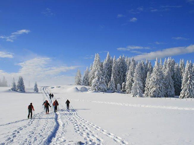 6 Tage Yoga, Wellness, Winterwandern & Ski im 4-Stern Superior Aktivresort, Vorarlberg, Österreich