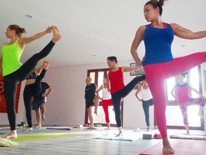 8 Days Anti-Aging and Yoga Retreat in Phuket, Thailand