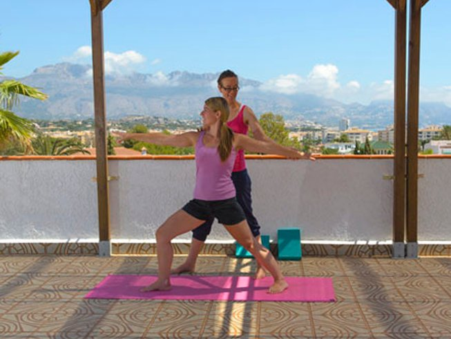 4 Days Life Makeover and Yoga Retreat in Alicante, Spain
