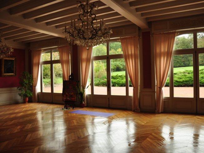 9 Days Iyengar Yoga Retreat in France