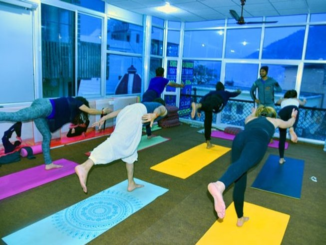 15 Days Extraordinary Meditation and Yoga Retreat in Rishikesh, India