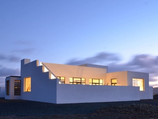 8 Days Sacred Space Yoga Retreat in Fuerteventura, Spain
