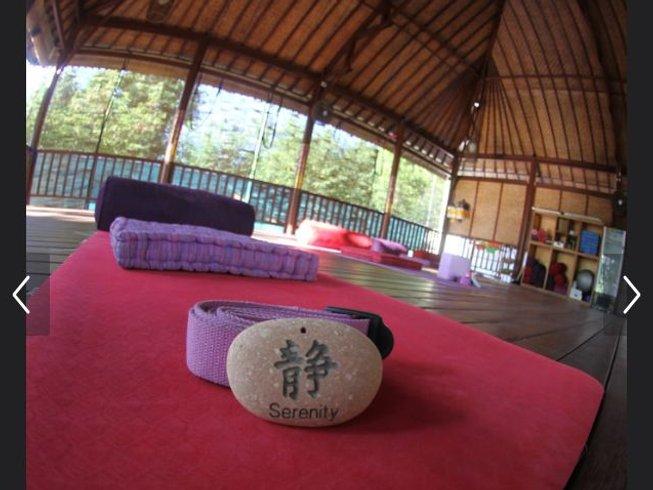 8 Days 50-Hour Yin Yoga Teacher Training in Nusa Lembongan, Indonesia
