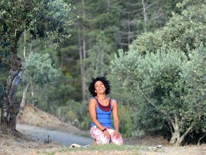 7 Day Rainbows on Your Eyelashes with Vonetta Winter Yoga Holiday in Portugal