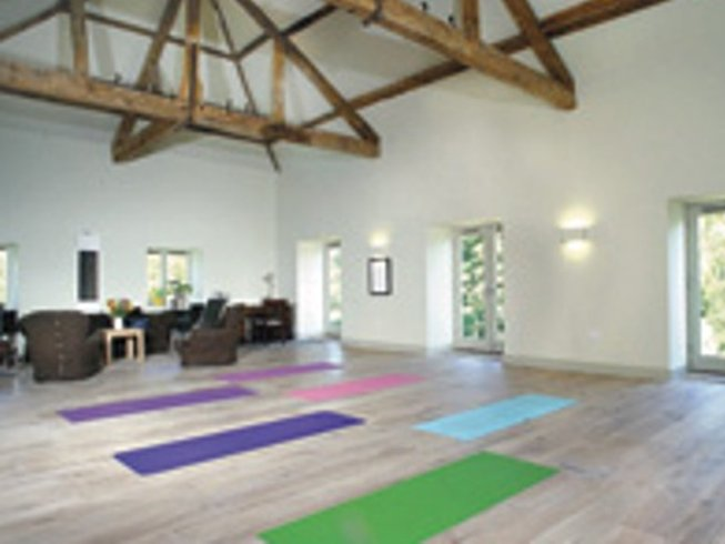 3 Days Culinary Vacation and Yoga Retreat in UK