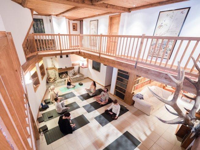 8 Days Live Piano Ski Yoga Retreat in France