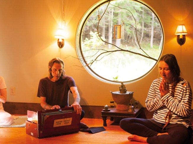 jivamukti yoga berlin reviews profile contact. Black Bedroom Furniture Sets. Home Design Ideas